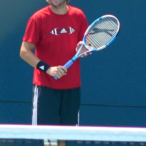 Fish Warms up with Gimelstob