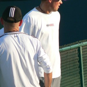 Bob Bryan after practicing with Roddick