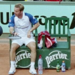 Olivier Rochus during changeover